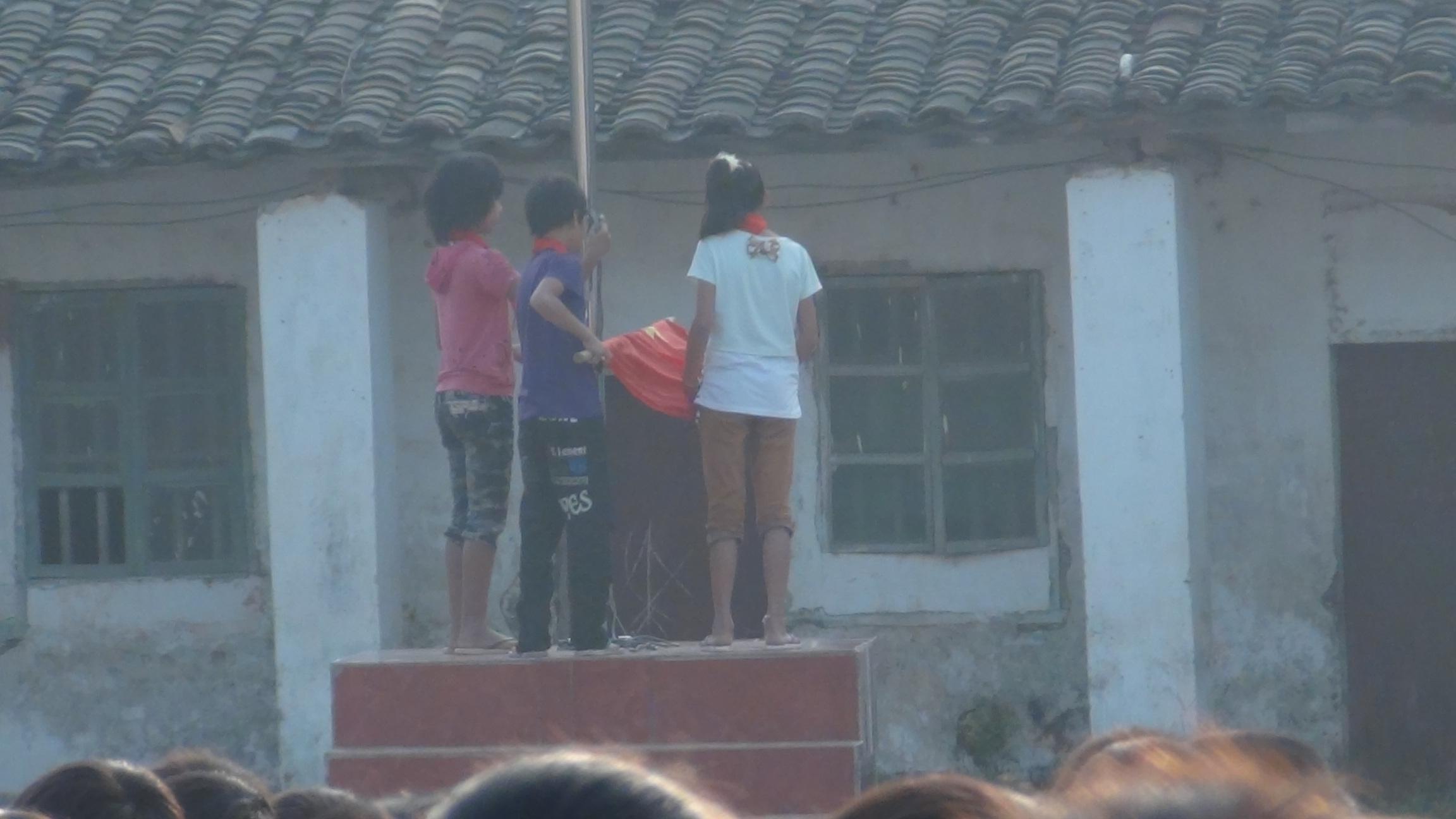 广西桂平市大湾镇天堂中心小学2012年庆祝少先队建队63周年活动照片