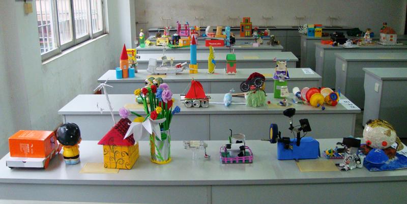 英德市第五小学举行科技小发明