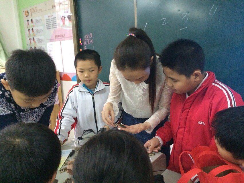 创意小制作 - 2014年少年儿童媒介素养教育活动