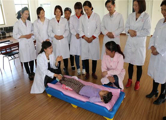 高台县南苑幼儿园举办幼儿意外事故急救知识